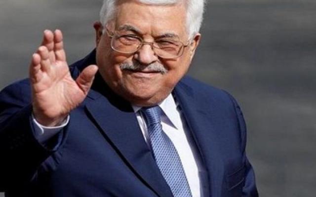 عباس يصل شرم الشيخ للمشاركة في قمة عربية أوروبية