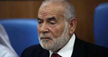 د. بحر يطالب عباس بالعودة للثوابت  أو الرحيل