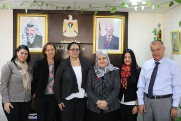 الأغا تلتقي مع مديرة مركز المرأة الفلسطينية للأبحاث والتوثيق (اليونسكو)