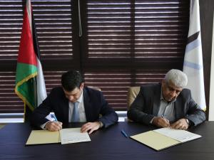 نقابة المهندسين والبنك الوطني يجددان شراكتهما الإستراتيجية بتوقيع اتفاقية تعاون جديدة