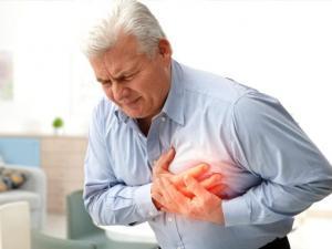 6 علامات غير عادية تشير إلى قرب تعرضك لأزمة قلبية