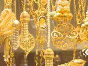 الذهب.. أول تراجع سنوي منذ 3 سنوات