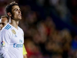 إدارة ريال مدريد وزيدان يغضبان رونالدو