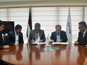 البنك الوطني ونقابة الأطباء يوقعان اتفاقية شراكة إستراتيجية