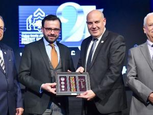 بنك القدس يقدم رعايته لجمعية أصدقاء جامعة بيرزيت