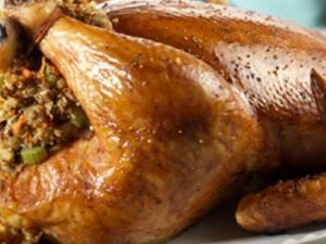 دراسة: اللحوم البيضاء ترفع نسبة الكولسترول بالدم