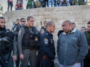 """الاحتلال يعتقل امين سر """"فتح"""" في البلدة القديمة بالقدس"""