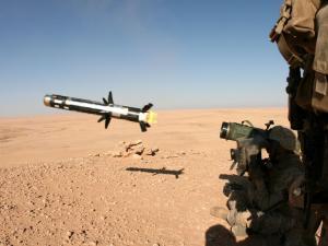 الاحتلال يعزز قواته ومنظومته العسكرية حول قطاع غزة