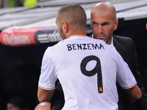 الخليفي يفاوض زيدان للرحيل إلى نادي باريس ...ما الجديد؟