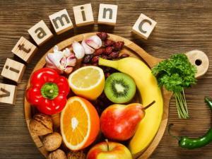 يحسن المزاج واللياقة البدنية.. فيتامين سي فوائد تتخطى التوقعات!