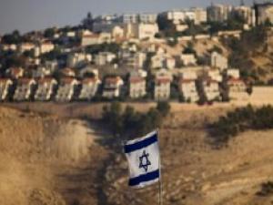 الاحتلال يمهد الطريق لشرعنة 13 بؤرة استيطانية في الضفة