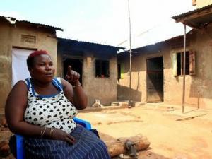 أطباء يمنعون أوغندية من الإنجاب بعد ولادتها 44 طفلا