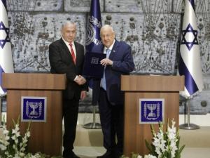 """فريدمان يلمح لتأجيل """"صفقة القرن"""" الجيّدة """"لإسرائيل وأميركا"""""""