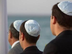 الإمارات تسمح لحاخام بتأسيس جالية يهودية في أبو ظبي