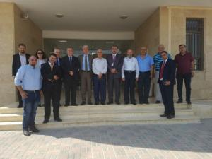 بنك فلسطين يزور منطقة أريحا الصناعية الزراعية ويناقش احتياجات المشاريع والمصانع العاملة فيها