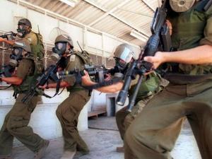 القوات الخاصة تقتحم قسم 3 في سجن هداريم