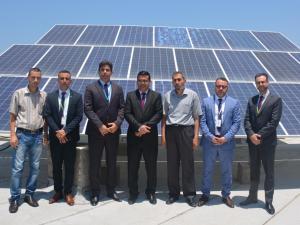 جوال ورابطة الخريجين المعاقين بصريًا في غزة يفتتحان مشروع الطاقة الشمسية