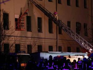 انهيار مبنى جامعي في روسيا وأنباء عن العشرات تحت الأنقاض