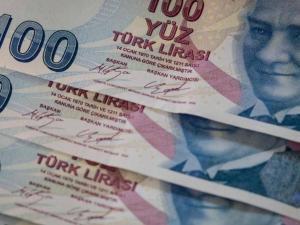 تراجع كبير لليرة التركية أمام الدولار