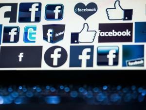 """فيسبوك تبسّط خدمة """"ماسنجر"""" تدريجيا"""