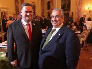 """صحفي """"إسرائيلي"""" يكشف لقاء جديد لوزير خارجية البحرين مع الاحتلال"""