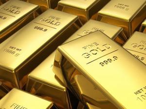 الذهب يبلغ ذروته في أكثر من 3 أشهر