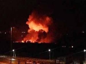 انفجارات تهز مطار المزة العسكري غربي دمشق