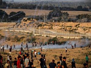 """11 إصابة برصاص من قبل الاحتلال في جمعة """"لا للتطبيع"""""""
