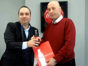 (المشروبات الوطنية) تقدم رعاية شاملة لفرق نادي (هلال القدس) الرياضية