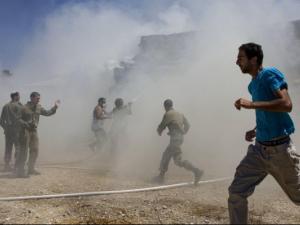 تقديرات اسرائيلية : قناص واحد نفذ عمليتي القنص الأخيرتين على حدود غزة