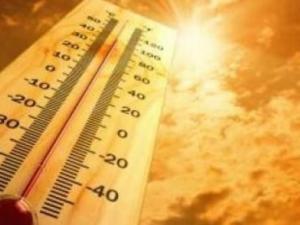 حالة الطقس: حار وجاف والحرارة أعلى من معدلاتها