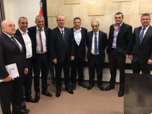 لقاءات متكررة لمسؤولي السلطة بإسرائيل.. لماذا؟