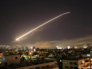 هذه الأسلحة التي استخدمتها أمريكا وبريطانيا وفرنسا بسوريا
