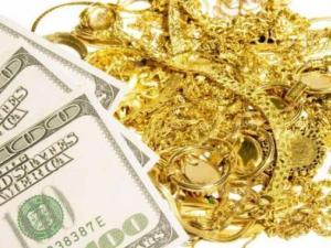 الذهب يرتفع لليوم الثاني مع انخفاض الدولار
