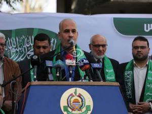 حماس: تصعيد الاحتلال خطير ولعب بالنار ولن يجلب له الأمن