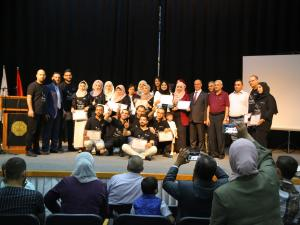 """جامعة القدس تخرّج أول أخصائيي التصوير بالموجات فوق الصوتية """"الالتراساوند"""" في فلسطين"""
