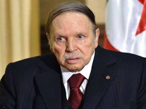 الحزب الحاكم في الجزائر يكرر دعوة بوتفليقة للترشح لولاية خامسة