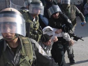 اعتقالات في الضفة تطال 10 مواطنين