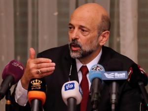 """رئيس حكومة الأردن يطمئن نوابا إسلاميين: """"لست علمانيا"""""""