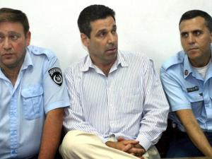 هذا ما يقلق الاستخبارات الإسرائيلية بشأن الوزير الجاسوس