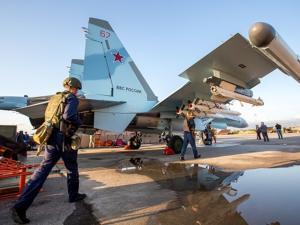 اختفاء طائرة عسكرية روسية تقل 14 شخصا فوق سوريا