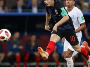 رسمياً.. نهائي المونديال بين فرنسا وكرواتيا بعد فوز الأخيرة على انجلترا