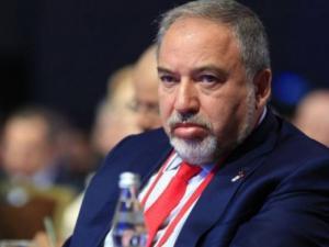 """الثانية الإسرائيلية: انباء عن نية """"ليبرمان"""" تقديم استقالته الثانية ظهراً"""