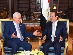قمة الرئيس عباس والسيسي: اتفاق على مواصلة التنسيق