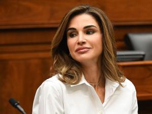 جدل بمواقع التواصل بعد سؤال نائب أردني عن أكاديمية للملكة