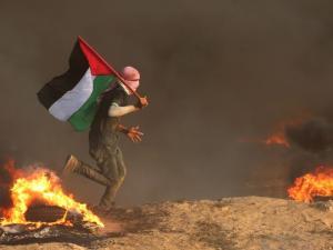 وزراء وخبراء إسرائيليون: إسرائيل في غزة بين المطرقة والسندان