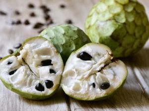 القشطة.. الفاكهة الشافية للأمراض