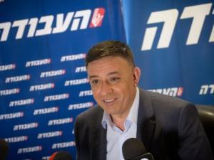 رئيس حزب العمل الإسرائيلي: نحن بصدد مفاجآت قبيل الانتخابات