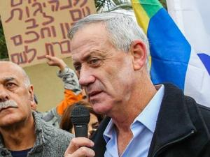 """قراءات نقدية لبرنامج """"غانتس"""" الانتخابي تجاه الفلسطينيين"""