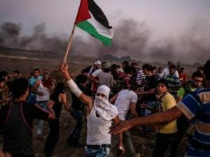 شهيدان وإصابات مختلفة بقمع الاحتلال مسيرات العودة بغزة